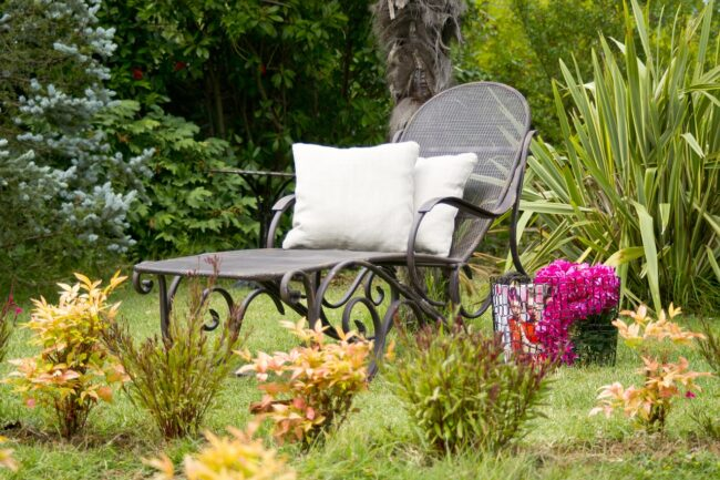 Comment nettoyer un salon de jardin?